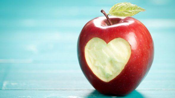 کنترل دیابت و کاهش قند خون با مصرف سیب در رژیم غذایی